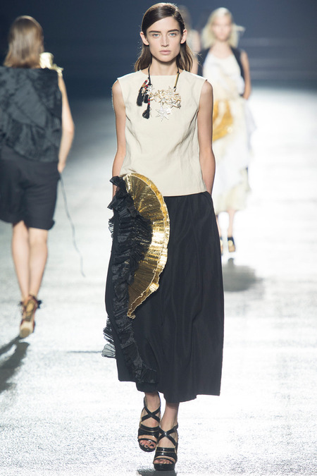 Dries-Van-Noten-ss-14-paris-mdot-on-style-8.jpg