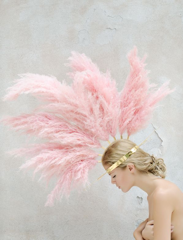 daydreaming-feather-crown-pink-m-dot-on-style.jpg